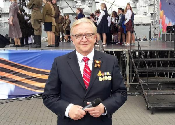 Евгений Кушпель, художественный руководитель Новороссийского драматического театра, отмечает день рождения
