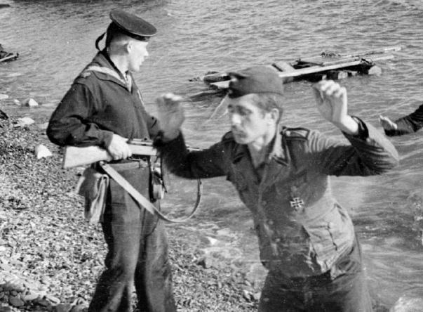 Новороссийск 75 лет назад: удар ниже пояса