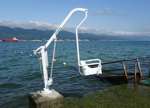 «Украденный» подъёмник для инвалидов вернётся на новороссийский пляж