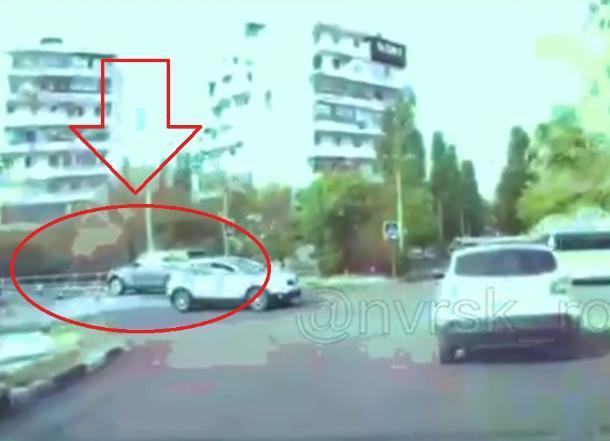 Сбил ребёнка на пешеходном переходе и поехал дальше новороссиец на Range Rovere