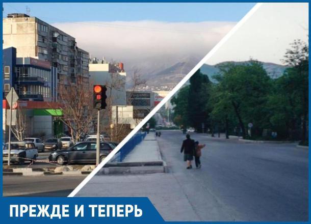 Прежде и теперь. Зелень уверенно покидает Новороссийск