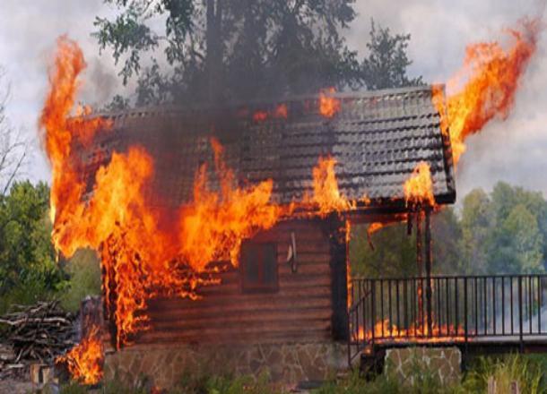 Отдохнули с огоньком: под Новороссийском сгорела баня
