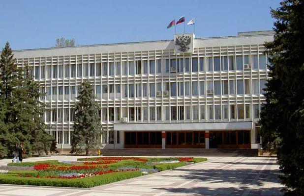 Скоро новороссийские чиновники начнут получать по заслугам