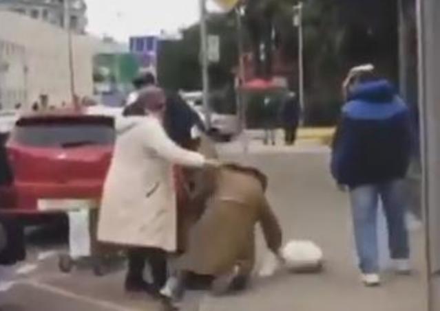 Сочинские бабушки дали фору новороссийским девушкам