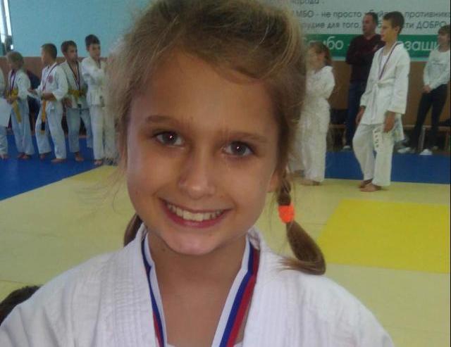 Александра Боброва - боевая девчонка со стальным характером