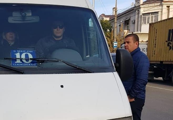 Водители нарушили правила перевозки новороссийцев и получили протоколы