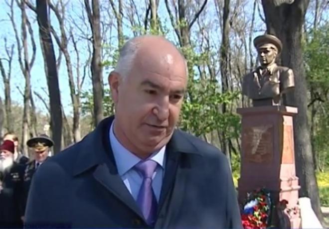 Коллективное подсознательное города-героя: памятники Новороссийска эпохи Игоря Дяченко