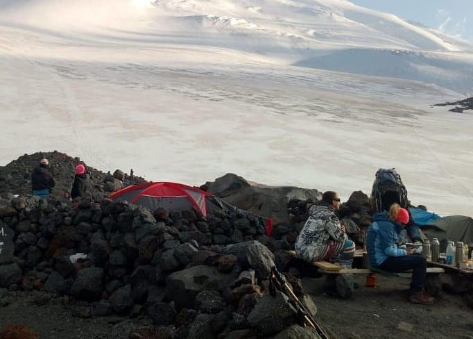 Новороссийские спасатели поднялись на 3800 метров над уровнем моря