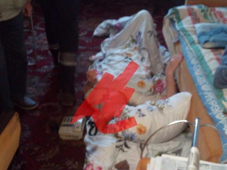 Старость и одиночество: пожилая женщина провела несколько дней в запертой квартире в Новороссийске