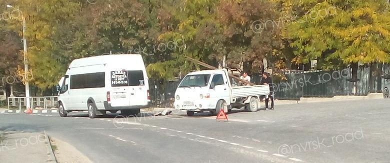 В Новороссийске шумахер на грузовике врезался в маршрутку