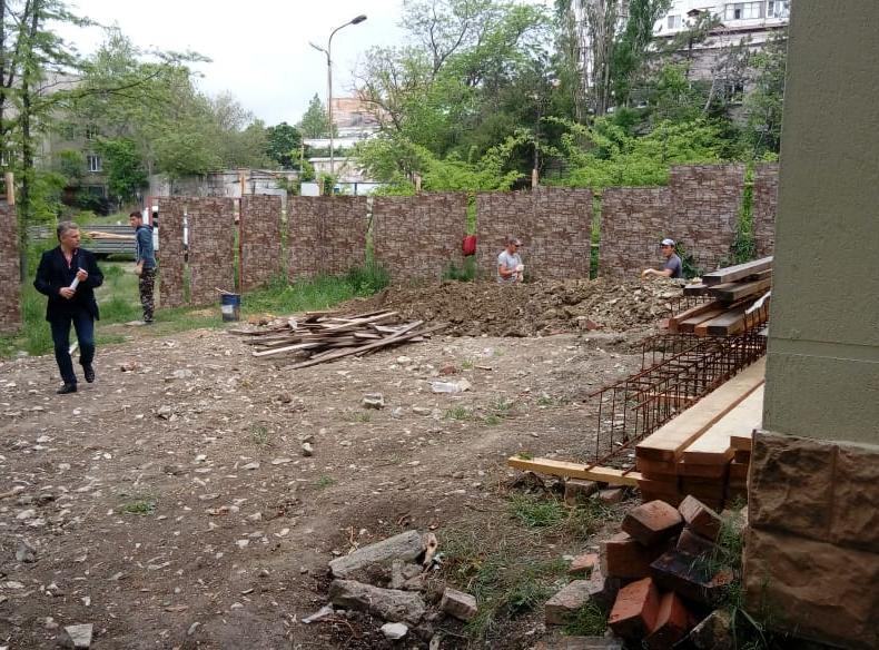Посягательства на строительство дома в парке им. Фрунзе начались с новой силой