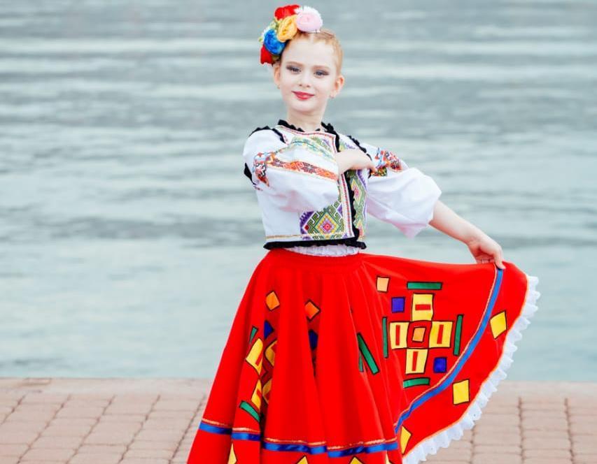 Яркая и артистичная танцовщица  Настя Обухова  - Чемпионка Мира и гордость родителей