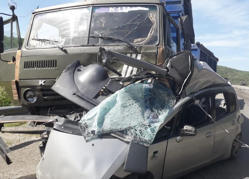 ДТП с КамАЗом под Новороссийском унесло жизни двух молодых людей
