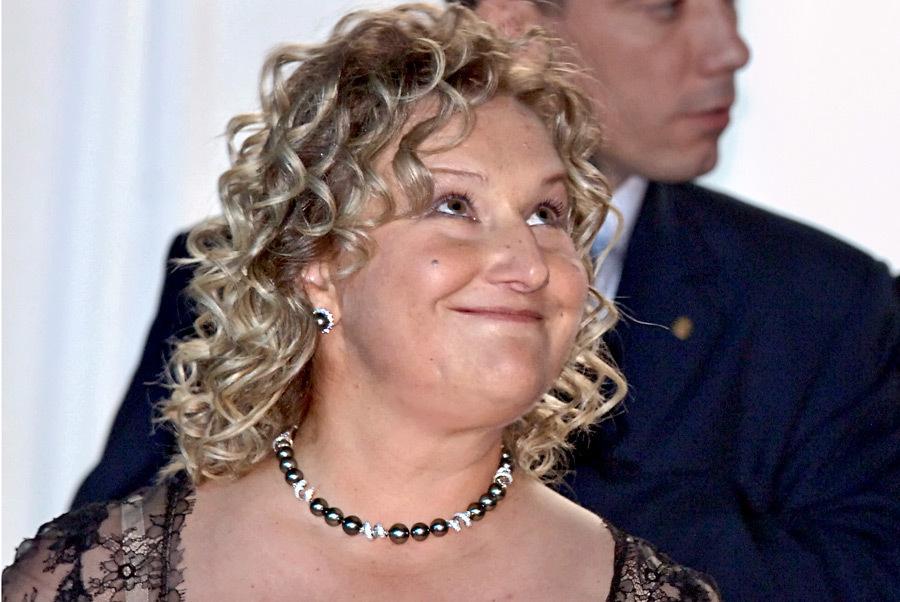Золотая десяточка: самые богатые женщины мира и России
