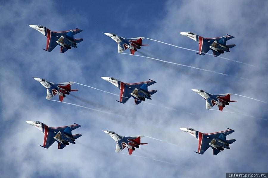 «Русские витязи» перенесли репетицию полётов в Новороссийске