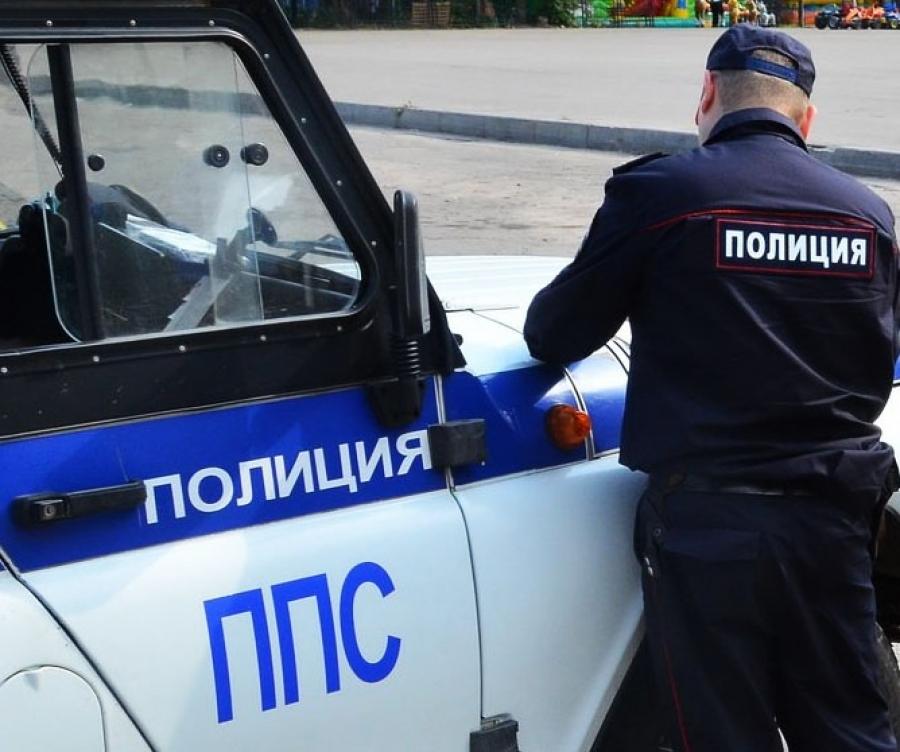 В Новороссийске дама укусила полицейского за коленку