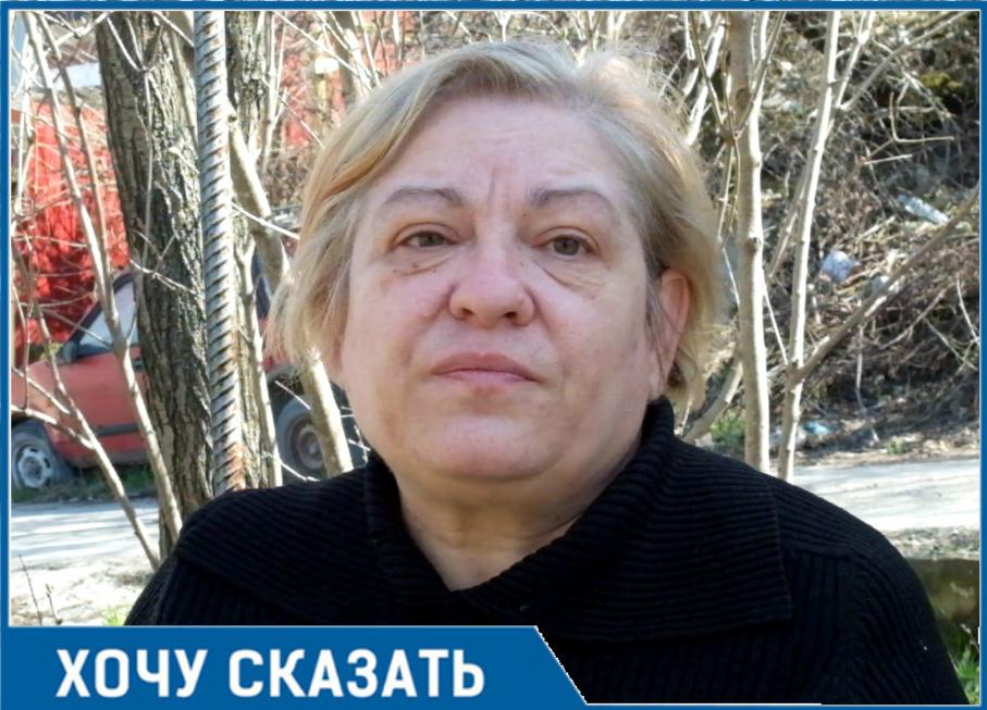Два года прокуратура, администрация и судебные приставы не могут решить проблему жителей Новороссийска