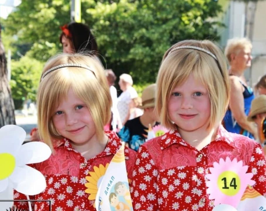 В Новороссийске тоже есть близнецы: хорошую идею стырить у соседей – это не воровство