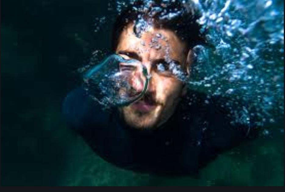 ЧП на пляже: новороссиец вытащил из воды тонувшего мужчину