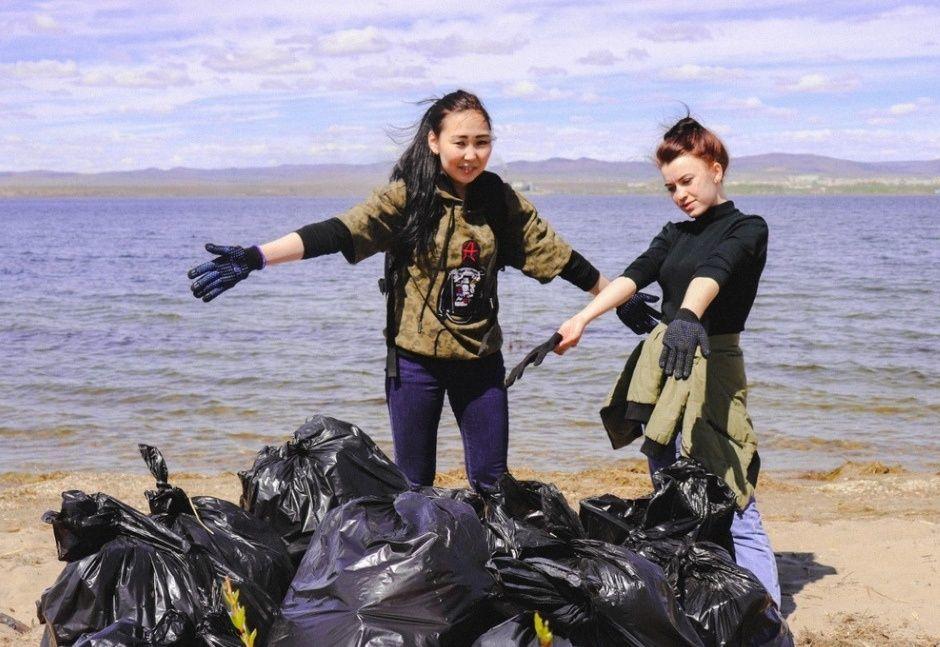 Новороссийцы вместе с жителями всего края спасают Чёрное море
