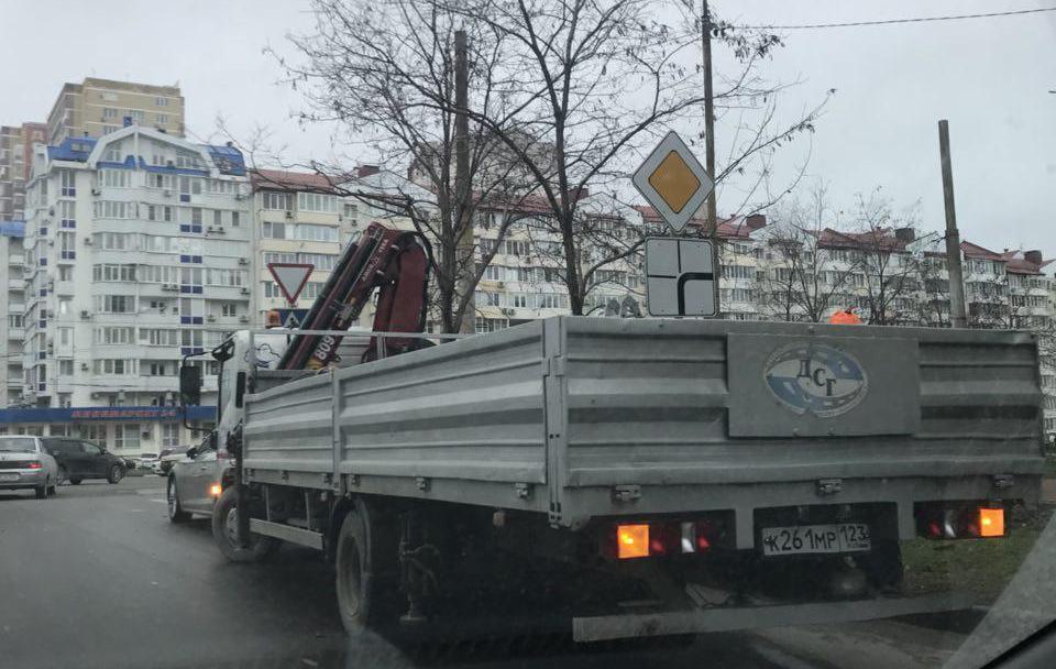 Изменены знаки приоритета на улице Южной в Новороссийске