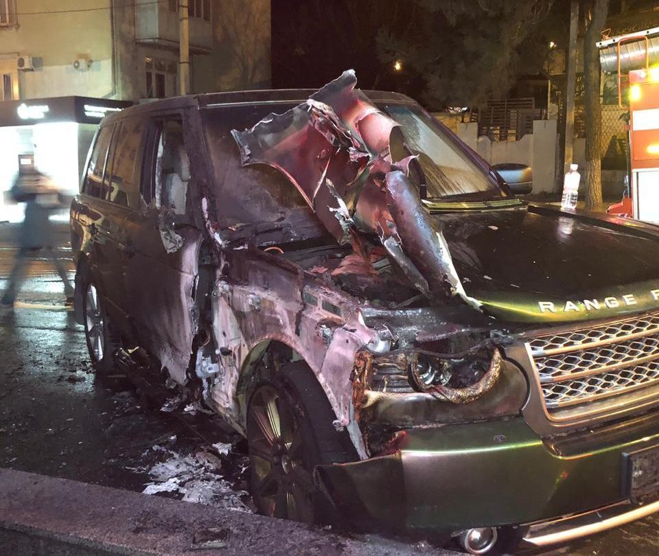 Мстители-поджигатели попутали и сожгли не тот автомобиль сегодня ночью в Новороссийске