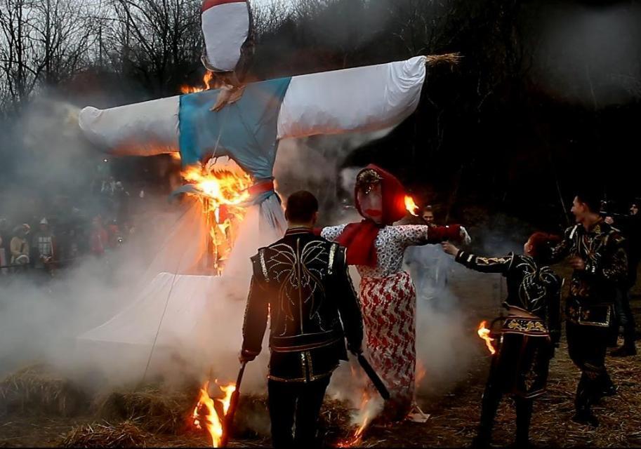 Песнь воды и пламени. Как Масленицу провожали в Абрау-Дюрсо