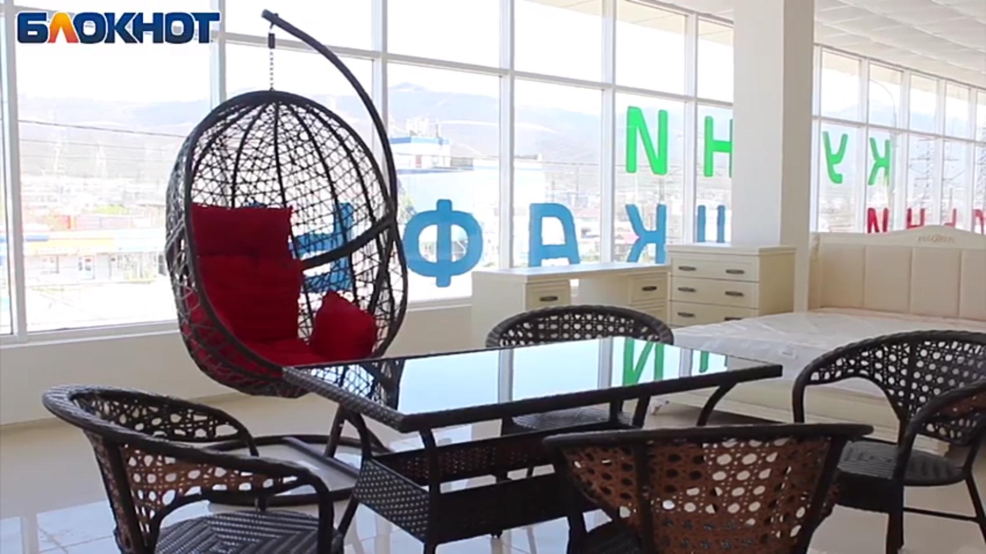 Мебельный магазин, в котором все «дешево и сердито» открылся в Новороссийске