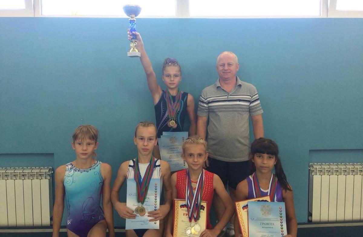 Спортивные гимнастки привезли в Новороссийск «Кубок надежд»