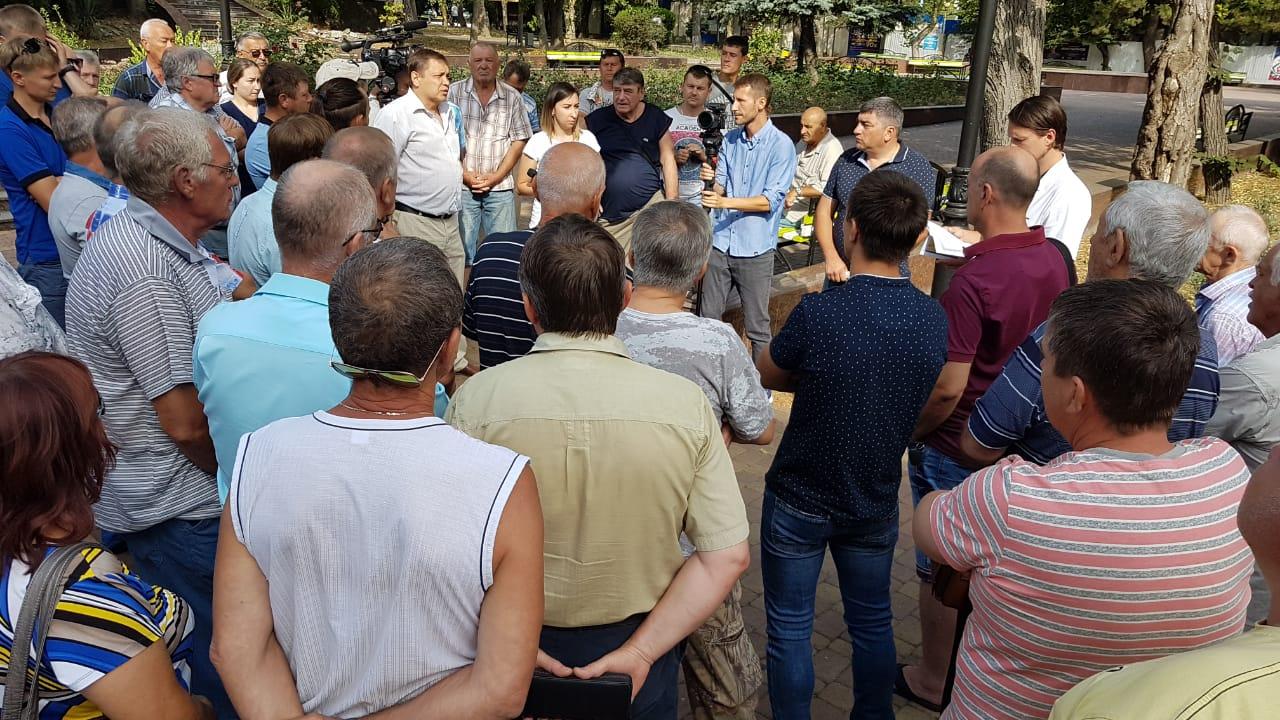 Рыбаков из Мысхако отправили в Алексино. Что сказал мэр Новороссийска