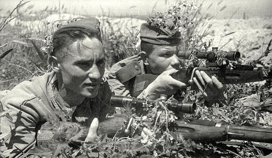 Новороссийск 75 лет назад: Малая земля - конвейер по выпуску снайперов