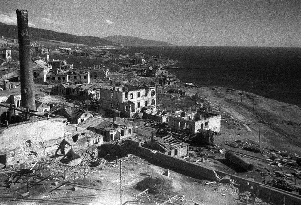 10 апреля 1943 года в Новороссийске. На 75 лет назад
