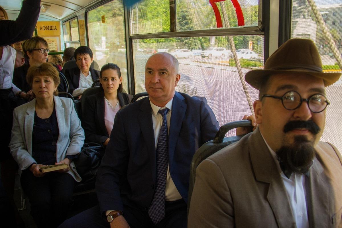 Культурный троллейбус сделал первый рейс по Новороссийску