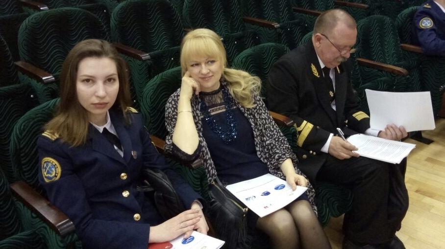 Курсанты и сотрудники  Новороссийской «вышки» представили в Москве собственные картины морских пейзажей