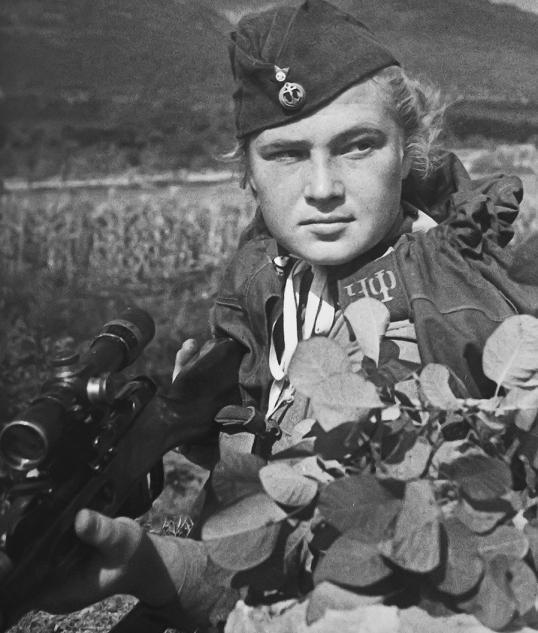 9 апреля 1943 года в Новороссийске. На 75 лет назад