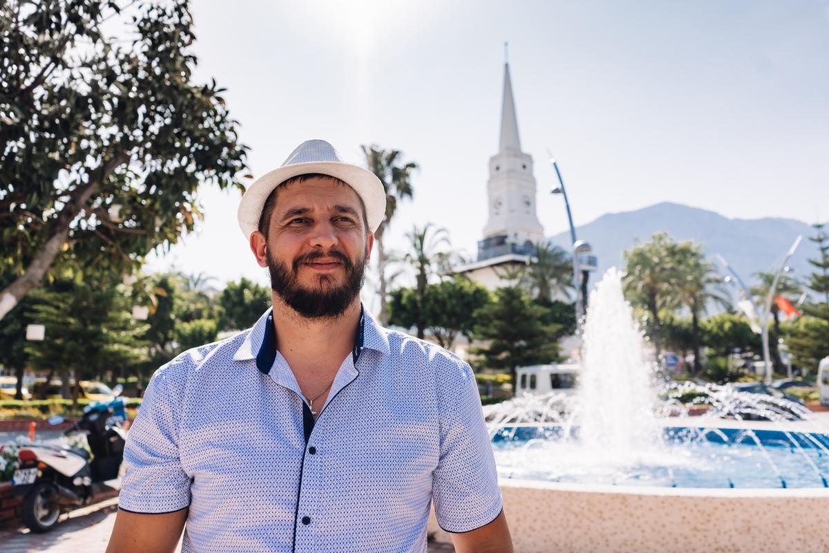 Новороссиец поздравил в стихах родной город с днём рождения