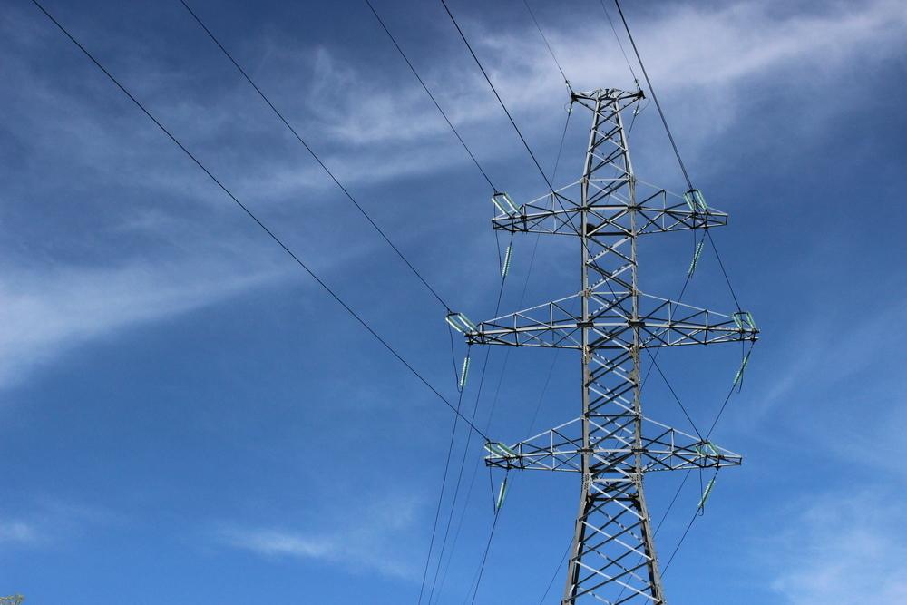 Чем грозит несанкционированное и самовольное присоединение к электросетям