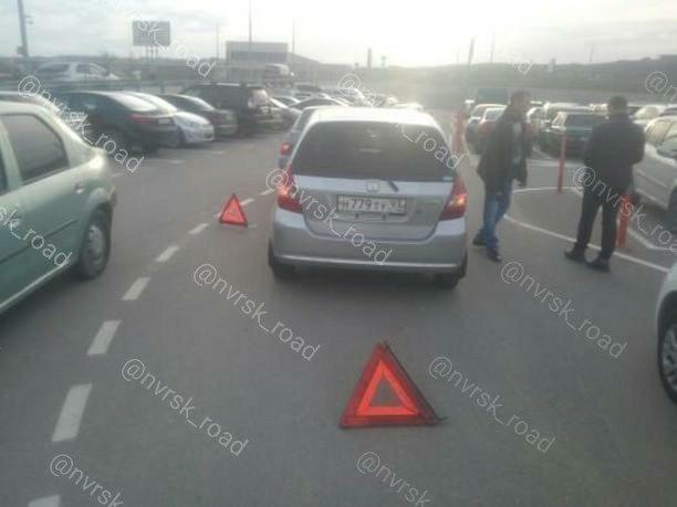 ДТП произошло на парковке торгового магазина «Бауцентр» в Новороссийске