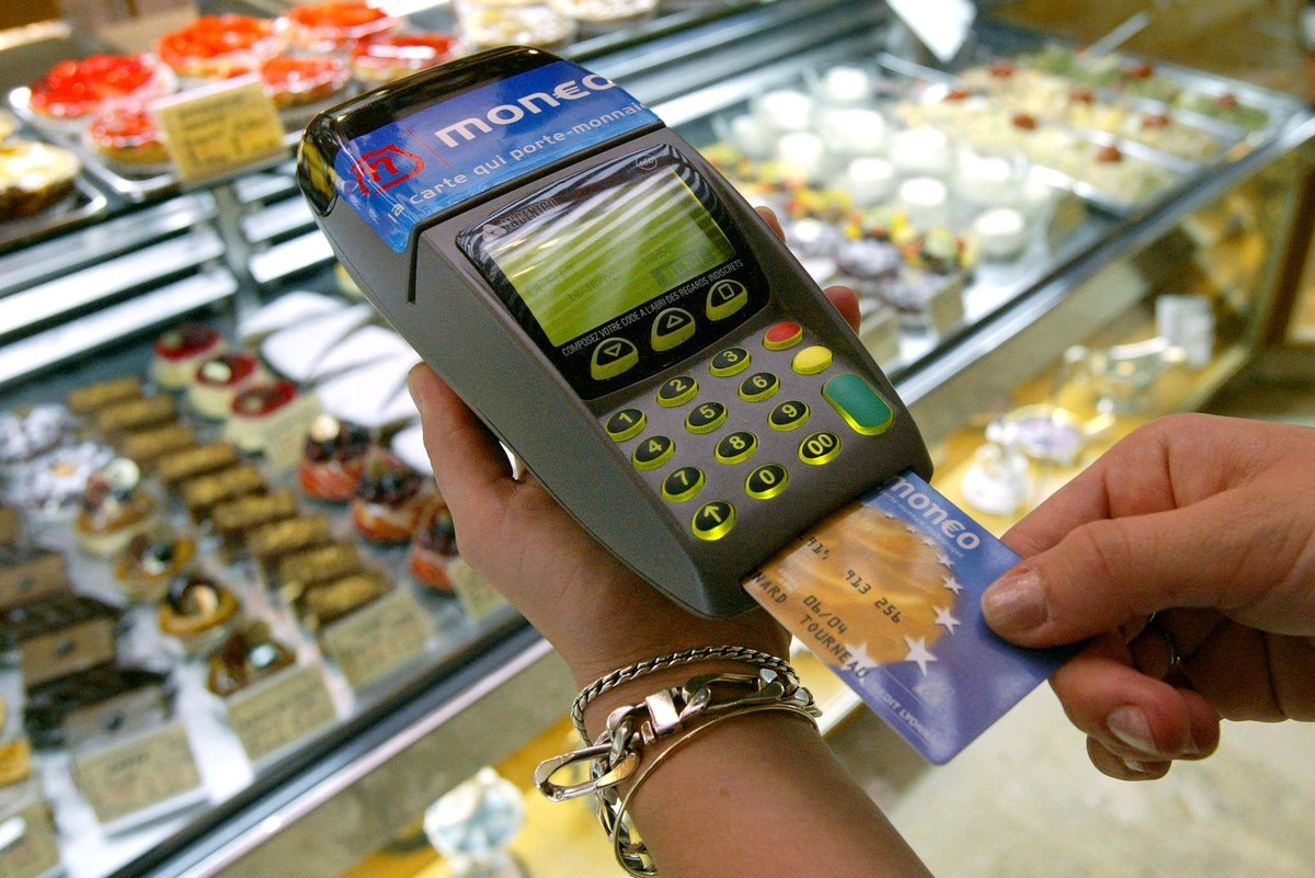 Накупили продуктов в Новороссийске на уголовное преступление