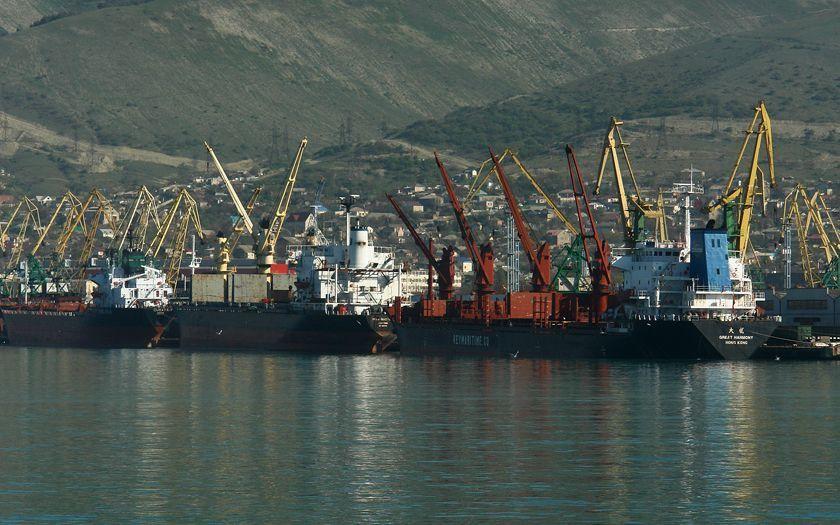 Возможно, придется пересматривать тарифы Новороссийскому морскому торговому порту