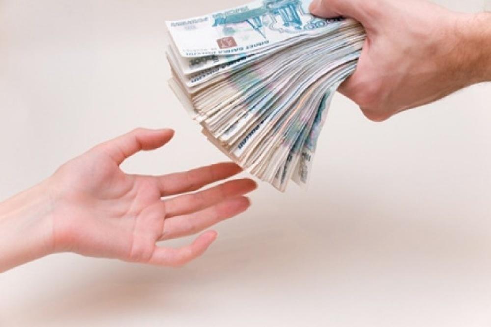 Около миллиона рублей подарила мошенникам жительница Новороссийска