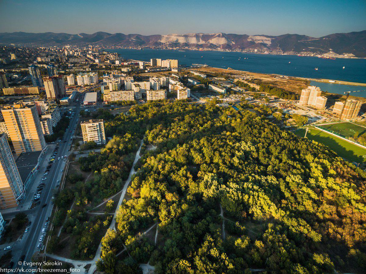 Новороссийцам нельзя громко ссориться в трех местах города, чтобы не разбить чужую любовь