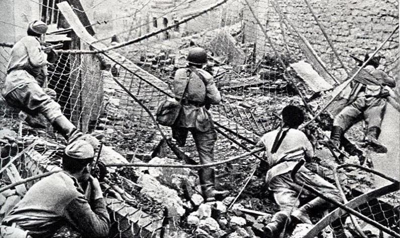 Новороссийск 75 лет назад: освобождение города на грани срыва