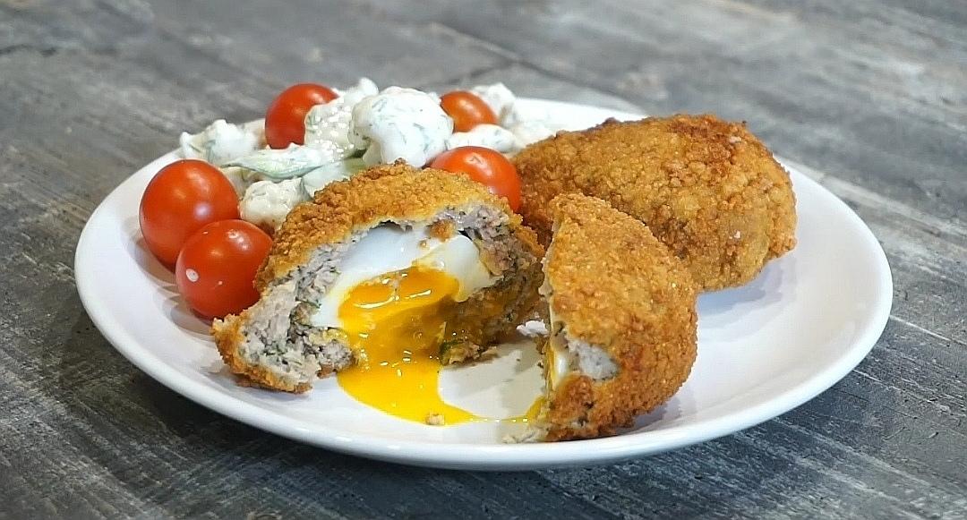Готовим на мангале: яйцо по-шотландски
