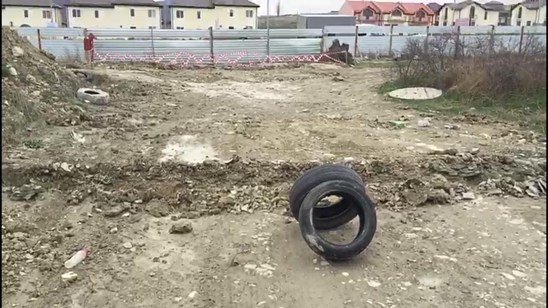 В случае ЧП, спец.службы не доедут к целой улице в Новороссийске