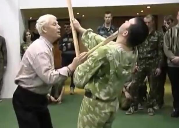 Скончался легендарный инструктор спецназа, готовивший новороссийских десантников к боям в Чечне