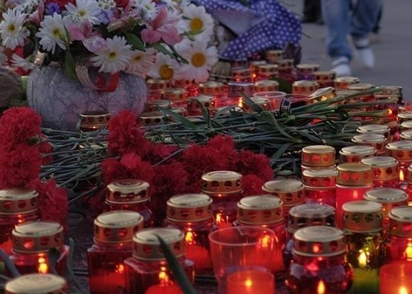 В парке Фрунзе новороссийцы создают Стену памяти
