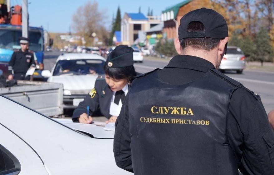 Не уйти, не уехать: должников Новороссийска ловят прямо на дорогах