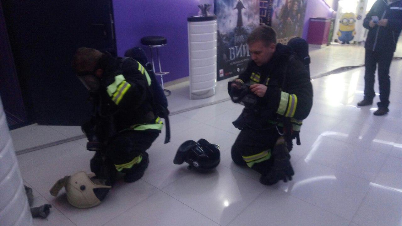 Стали известны подробности эвакуации в ТЦ «Южный пассаж» в Новороссийске