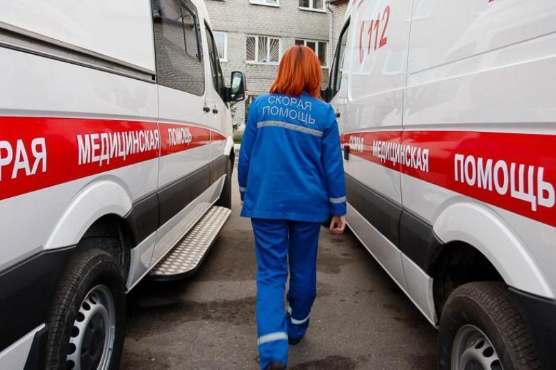 Два микроавтобуса устроили лобовое ДТП под Новороссийском